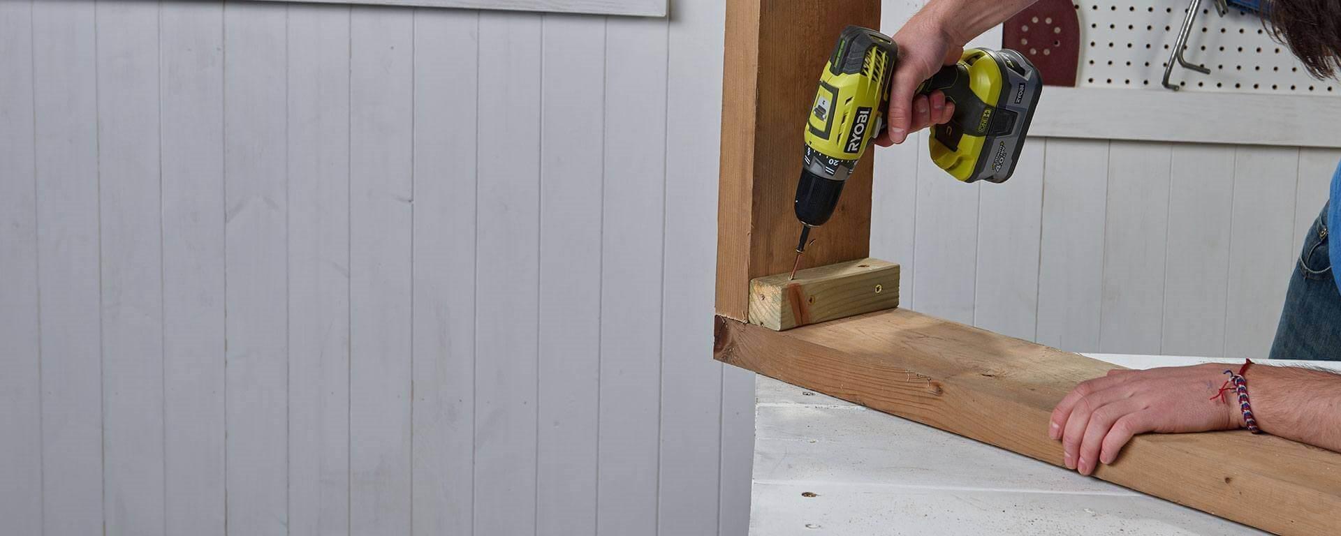 pour crer le fond de votre jardinire placez vos 5 planches de bois sur le rectangle en bois que vous venez de fabriquer laisser un peu despace entre - Fabriquer Une Jardiniere En Bois